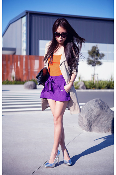 http://images1.chictopia.com/photos/Marcella/9791054418/beige-jacket-purple-asos-shorts-silver-topshop-heels_400.jpg