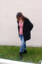 red StyleMint top - black Faryl Robin boots - blue Hudson jeans