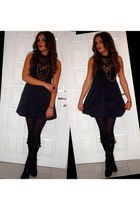 black Stradivarius dress - black Migato boots - gold Tally Weijl necklace - gold