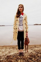 white vintage sweatshirt - eggshell Tulle coat - burnt orange Claires bag
