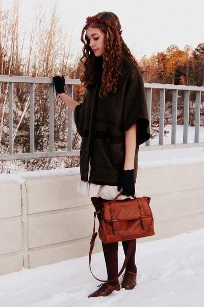 burnt orange Claires bag - eggshell Charlotte Russe dress