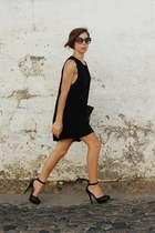 black ankle strap Bershka dress - black dress sunglasses - black Bershka pumps