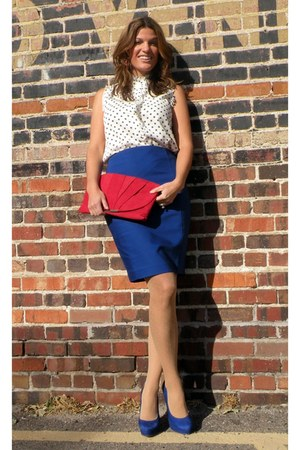 blue Express skirt - red pleated clutch Poppie Jones bag