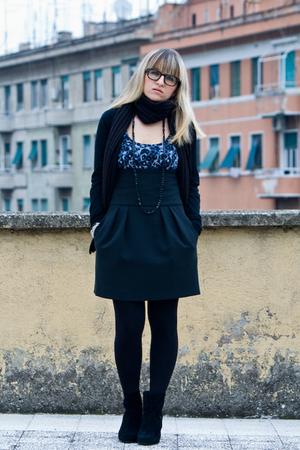 black H&amp;M boots - black Calzedonia tights - black Zara skirt - blue Zara shirt -