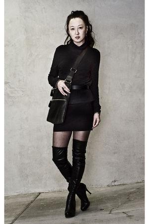 black Muji skirt - black microtwill mini Express skirt - black Guess boots