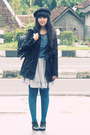 Black-cotton-trench-zara-coat-black-beret-ebay-hat