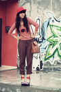 Red-secondhand-t-shirt-brown-cosmic-girl-pants-red-nefertiti-jewelz-necklace
