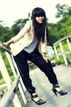 beige vintage blazer - white oneandahalf top - black Topshop pants - black Topsh