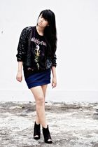 black vintage cardigan - black Fruit of the Loom t-shirt - blue Solemio skirt -
