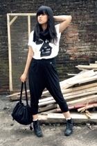sash t-shirt - sash pants - moms closet scarf - Blackmimi necklace - vintage boo
