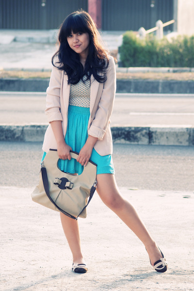 brown wondershoe shoes - beige nude boyfriend vintage blazer