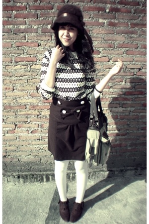 Highlight sweater - Local Boutique skirt - Local store tights - vintage hat - Th
