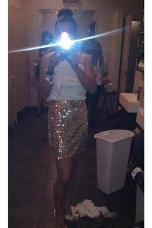 gold gold Bebe shoes - white BCBG dress