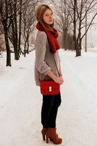 Glitter bag - allegro shoes - Zara jeans - GINA TRICOT sweater - H&M scarf
