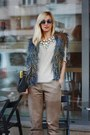 Gray-papucei-purse-beige-pnk-blouse-tan-h-m-pants-navy-hippie-shake-vest