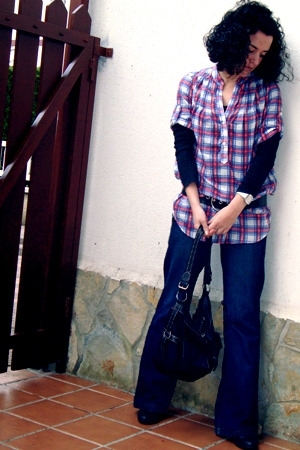 Mango jeans - Zara shirt - Zara sweater - boots - purse