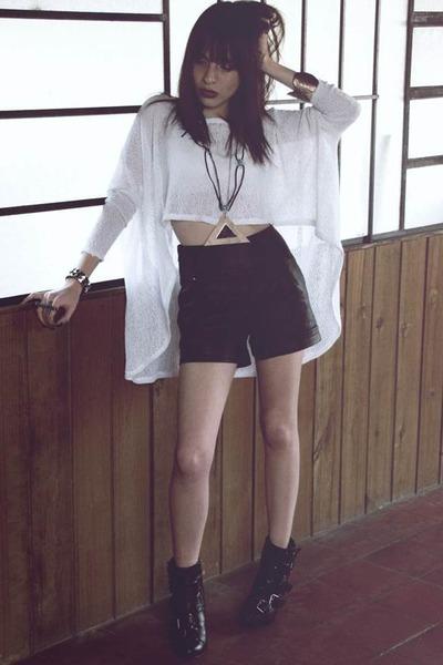 mirror necklace medium necklace - buckle platform boots - medium sweater