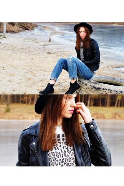 Zara jeans - Zara hat - Mango blouse