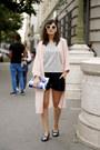 Blue-and-white-golden-lane-bag-black-by-julie-shorts-grey-jersey-h-m-top