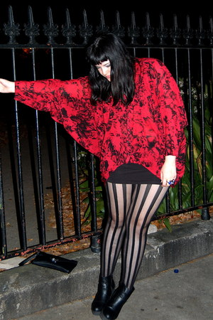 hi-low batwing Mink Pink top - Trashy Diva tights - American Apparel skirt