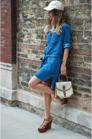 brown Aldo wedges - navy Bella Dahl dress - off white free people hat