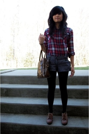 shirt - forever 21 shorts - tights - naturalizer shoes - Kimchi&amp;Blue purse