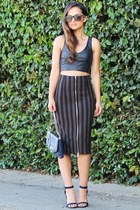 Zara skirt - reptile clutch Dailylook bag - crop top Zara top