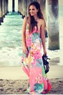 Light-orange-floral-maxi-isabel-lu-dress-green-lucite-clutch-dailylook-bag