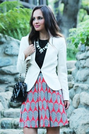 ruby red printed Macys skirt - cream H&M blazer