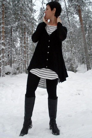 black GINA TRICOT cardigan - black GINA TRICOT dress - boots