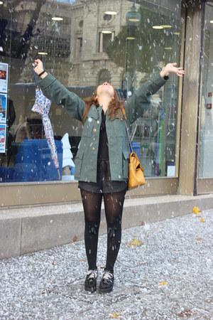 Parfois bag - Zara shorts - Calzedonia socks