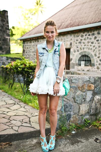 Topshop-skirt-zara-heels_400