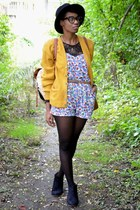mustard 60s vintage cardigan - black suede ankle cotton on boots