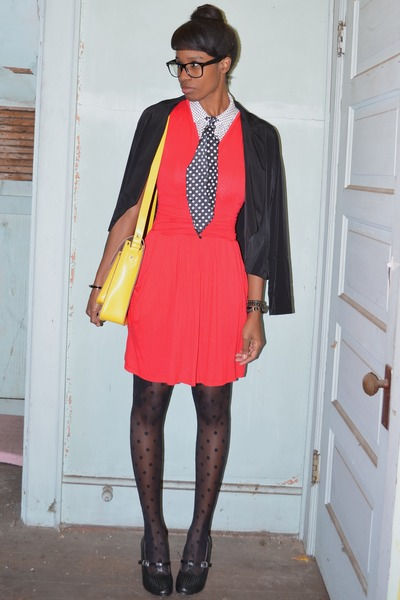 black tuxedo style nectar clothing blazer - ruby red Euphoria Lane dress