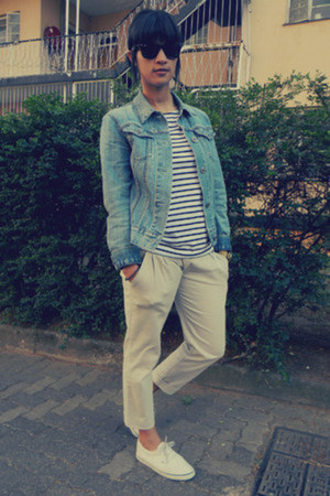 breton striped MinkPink t-shirt - denim Gap jacket - Ray Ban sunglasses