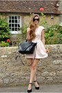 Light-pink-jones-jones-dress-black-bracher-emden-bag