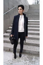 white Front Row Shop sweatshirt - black Zara shoes - navy Zara coat
