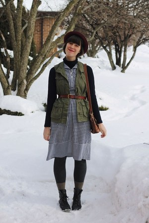 olive green H&M vest - navy gingham Wildwood Vintage dress