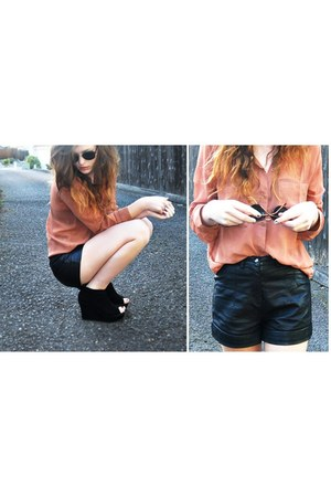 black leather shorts f21 shorts - salmon button down f21 blouse