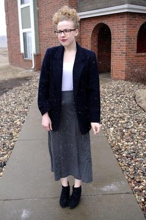 navy vintage blazer - heather gray vintage skirt - white Macys top