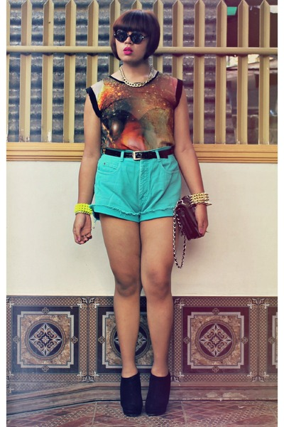 Topshop blouse - Parisian bag - DIY shorts - Forever 21 wedges
