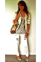beige Vila blazer - gray top - white Dr Denim jeans - beige shoes - beige - pink