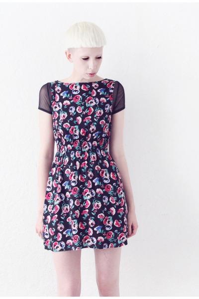 floral print Mind the Mustard dress