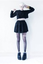 black mini Mind the Mustard skirt - black platform Cute to the Core shoes
