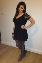 black new look tights - black H&M skirt - black H&M top
