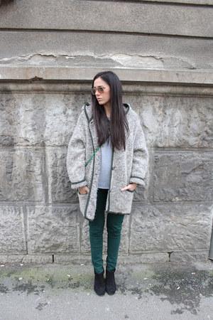 Zara boots - Stradivarius pants
