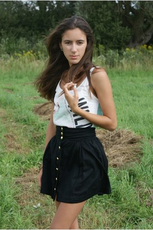 black H&amp;M skirt - white Bershka top