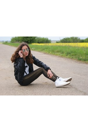 black H&M jacket - dark brown pull&bear leggings - white Converse sneakers
