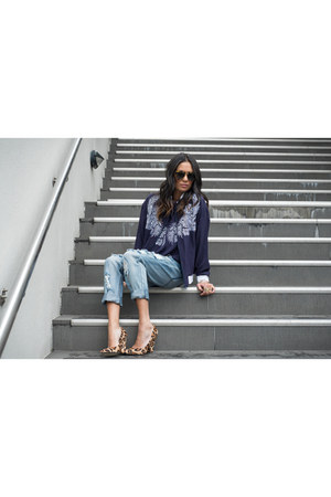 One Teaspoon jeans - Maurie & Eve jacket - Karen Walker sunglasses