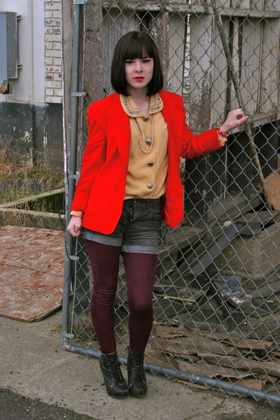 vintage blazer - Lulus shoes - gift tights - Forever 21 shorts - thrifted blouse